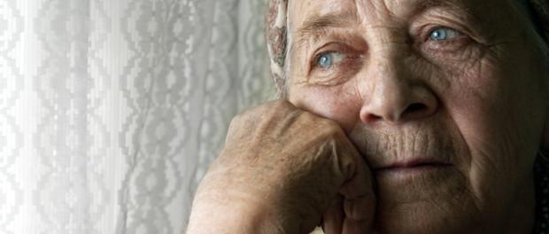 Sad lonely pensive old senior woman | © Dunca Daniel | Dreamstime Stock Photos | © Dunca Daniel | Dreamstime Stock Photos | © Dunca Daniel | Dreamstime Stock Photos